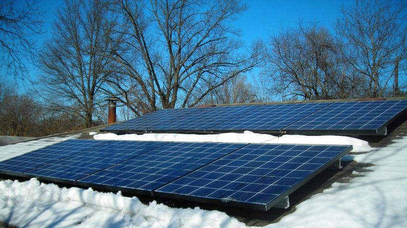 Moduli Solari Ibridi, il massimo dell'efficienza nello sfruttamento dell'Energia Solare: